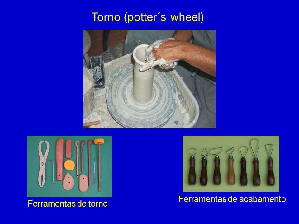 Torno (potter´s wheel) Ferramentas de torno Ferramentas de acabamento