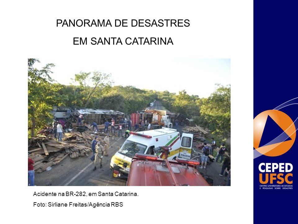 Acidente na BR-282, em Santa Catarina. Foto: Sirliane Freitas/Agência RBS PANORAMA DE DESASTRES EM SANTA CATARINA