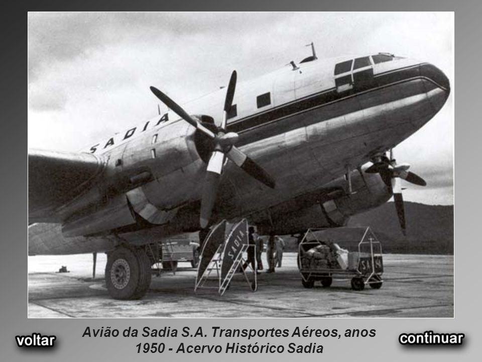 Avião da Sadia S.A. Transportes Aéreos, anos 1950 - Acervo Histórico Sadia