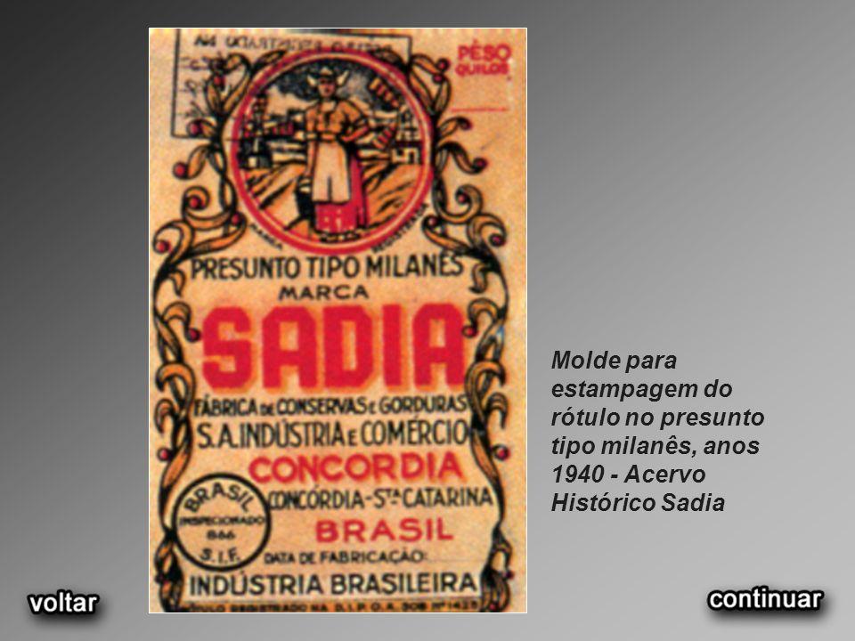 Molde para estampagem do rótulo no presunto tipo milanês, anos 1940 - Acervo Histórico Sadia