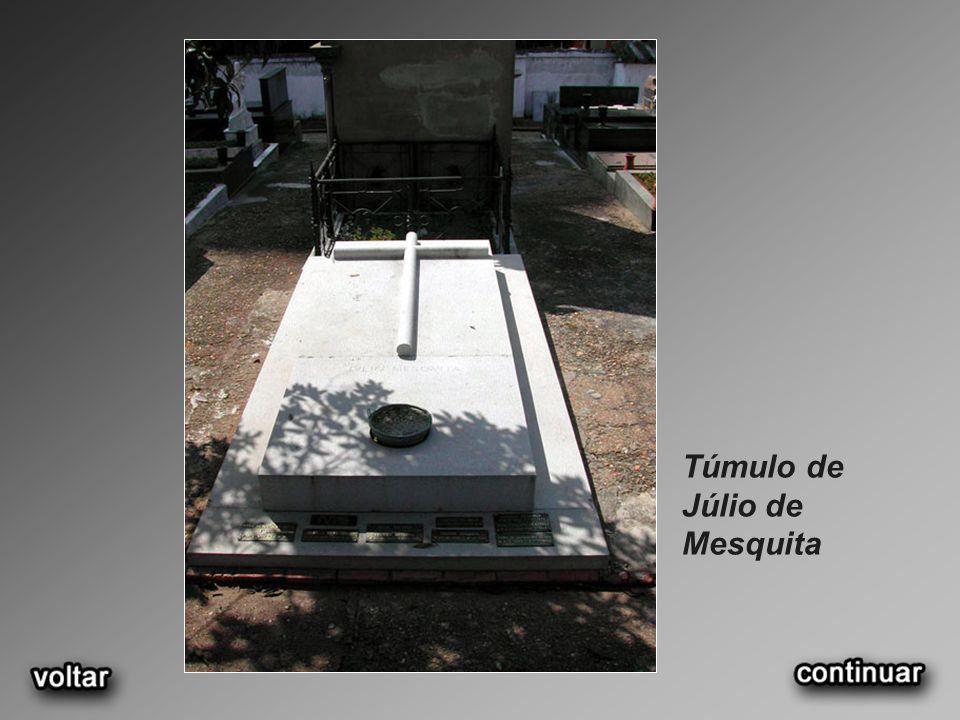 Túmulo de Júlio de Mesquita