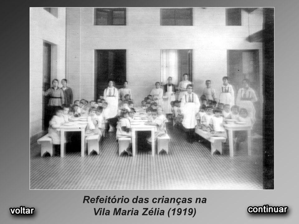 Refeitório das crianças na Vila Maria Zélia (1919)