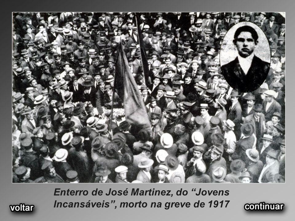 Enterro de José Martinez, do Jovens Incansáveis, morto na greve de 1917