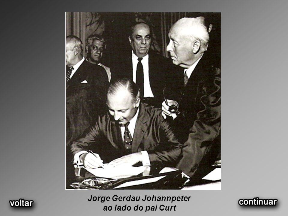Jorge Gerdau Johannpeter ao lado do pai Curt