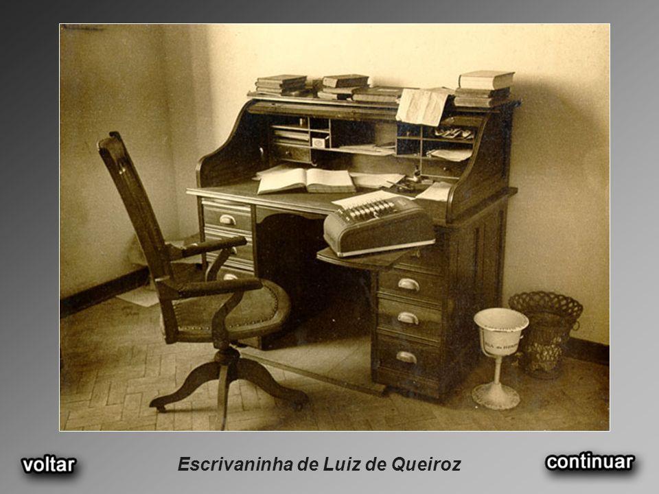 Escrivaninha de Luiz de Queiroz