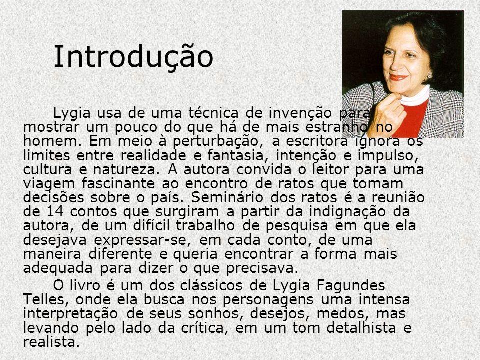Biografia Seu nome de solteira é Lygia de Azevedo Fagundes.