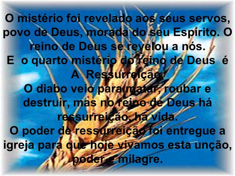 Rm 8:11 – Se habita em vós o Espírito daquele que ressuscitou a Jesus dentre os mortos, esse mesmo que ressuscitou a Cristo Jesus dentre os mortos vivificará também o vosso corpo mortal, por meio do seu Espírito, que em vós habita.