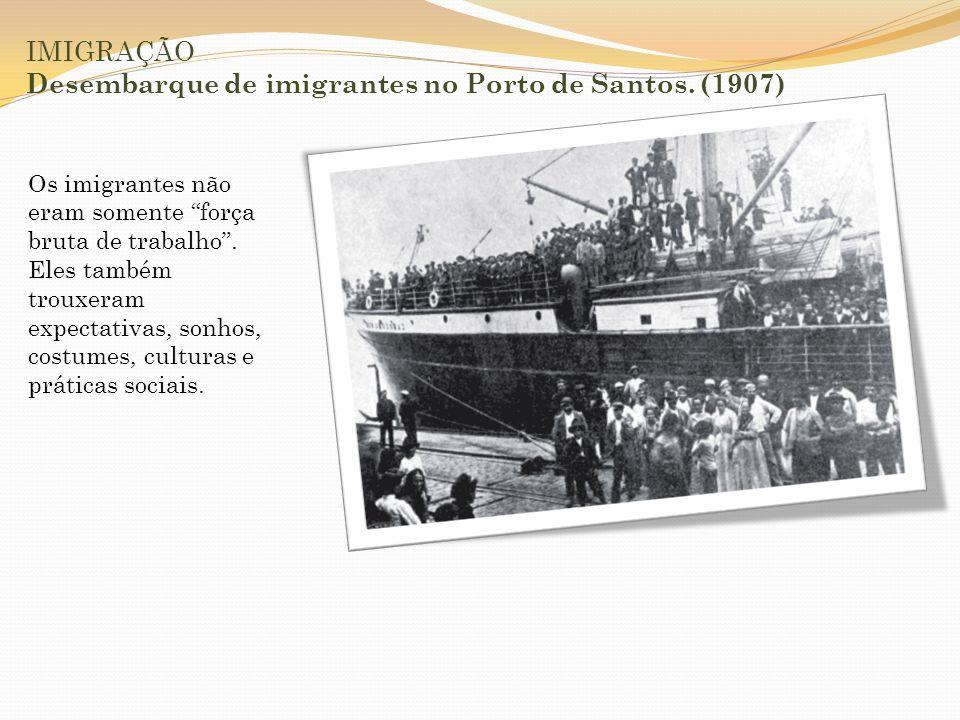 IMIGRAÇÃO A imigração acirrou ainda mais as lutas por postos de trabalho.
