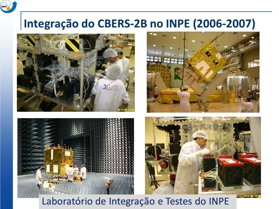 Integração do CBERS-2B no INPE (2006-2007) Laboratório de Integração e Testes do INPE
