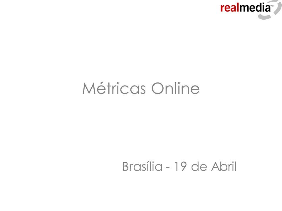 Visão geral de publicidade online Nome: mídia online Idade aprox.: 12 anos Tamanho: ~ US$ 15bi EUA (6%) ~ US$ 200mi Brasil (2%) Características locais: Grande concentração Crescimento acelerado Profissionais em aprendizado Falta de padronização Nome: mídia online Idade aprox.: 12 anos Tamanho: ~ US$ 15bi EUA (6%) ~ US$ 200mi Brasil (2%) Características locais: Grande concentração Crescimento acelerado Profissionais em aprendizado Falta de padronização