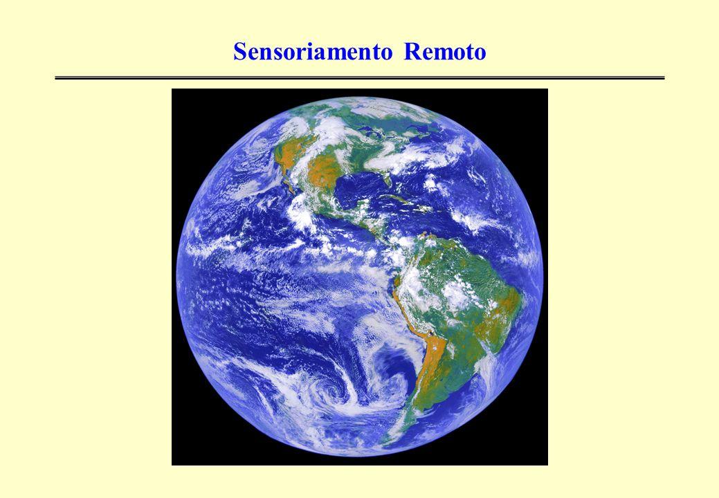 Tsunamis > Lhoknga – Indonésia Imagens obtidas pelo satélite Ikonos em 10 de janeiro de 2003 e após a tragédia de 25 de dezembro de 2004