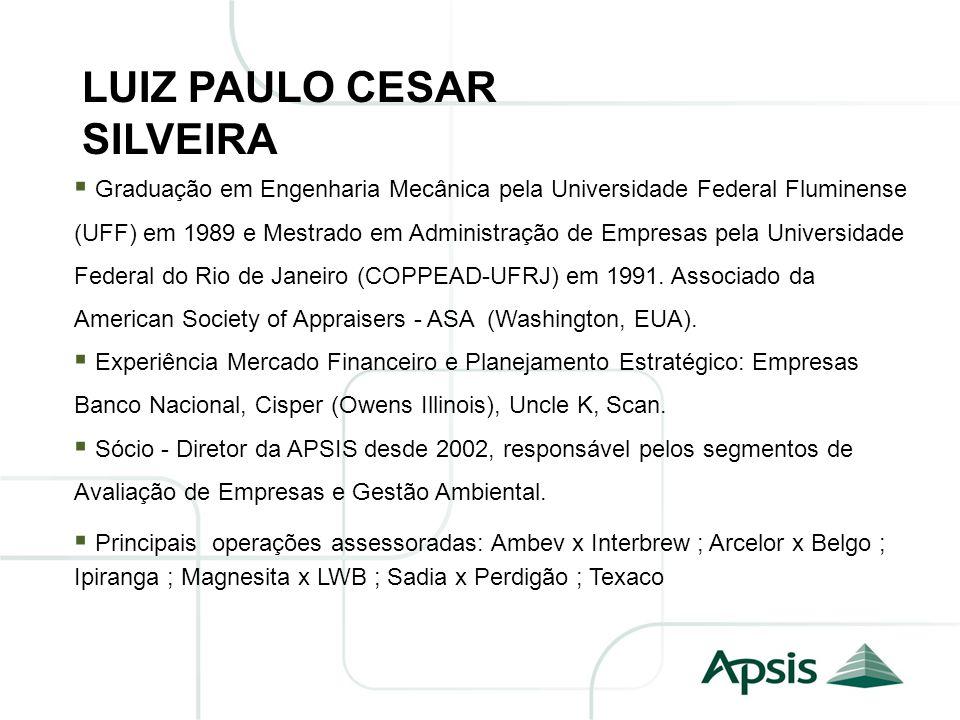 Graduação em Engenharia Mecânica pela Universidade Federal Fluminense (UFF) em 1989 e Mestrado em Administração de Empresas pela Universidade Federal