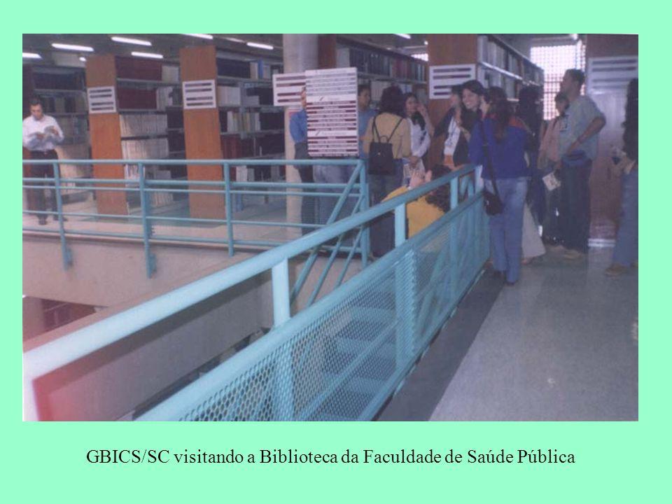 GBICS/SC visitando a Biblioteca da Faculdade de Saúde Pública