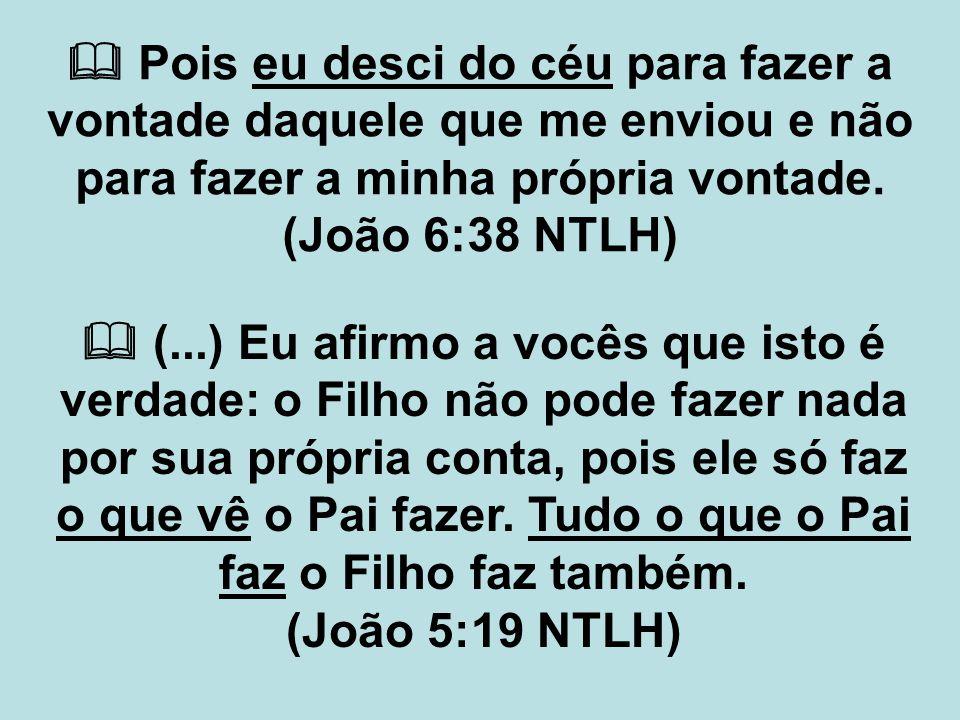  Eu não tenho falado em meu próprio nome, mas o Pai, que me enviou, é quem me ordena o que devo dizer e anunciar.
