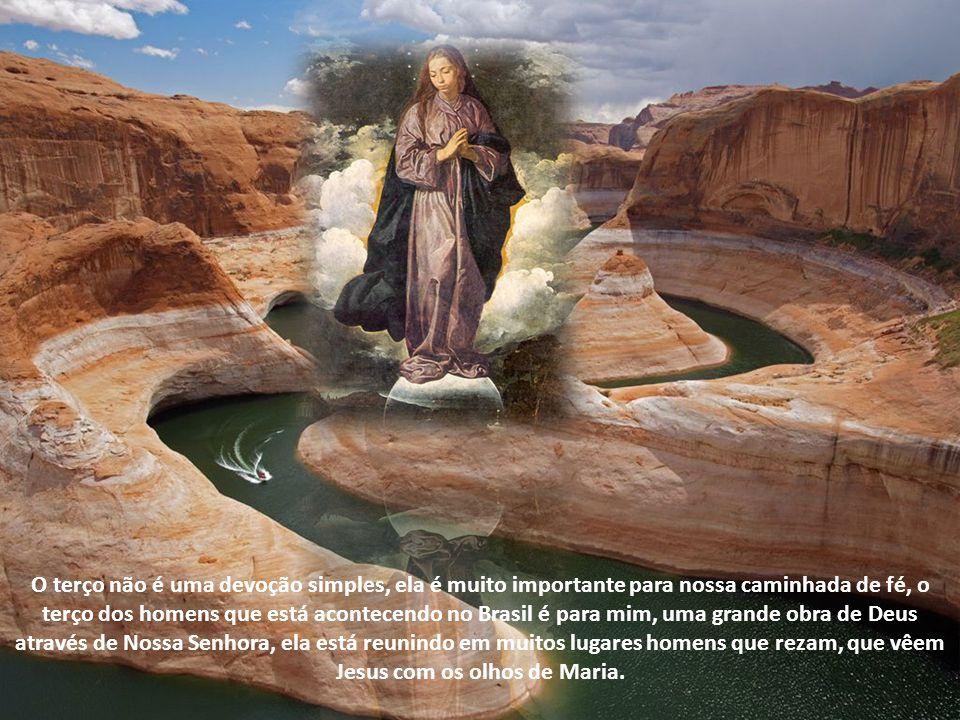 Aprendemos com Maria como responder a Deus, o terço é portanto de fato, uma oração que nos ajuda a chegar a Deus Pai, Filho e Espírito Santo.