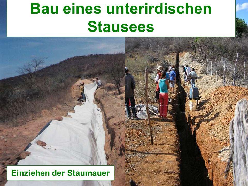 Bau eines unterirdischen Stausees Einziehen der Staumauer