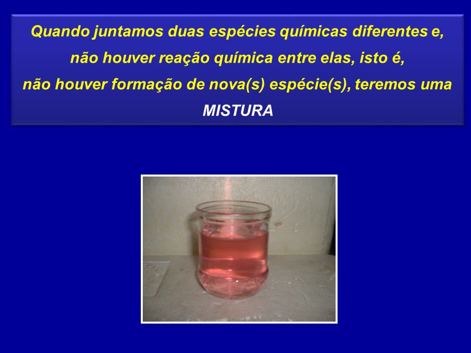 CONCENTRAÇÃO EM QUANTIDADE DE MATÉRIA ( m ) É o quociente entre o número de mols do soluto (n1) e o volume da solução (V), em litros V n1n1 = m Unidade: mol/ L Indica o número de mols do soluto em 1 litro de solução Esta concentração também é chamada de MOLARIDADE ou concentração MOLAR