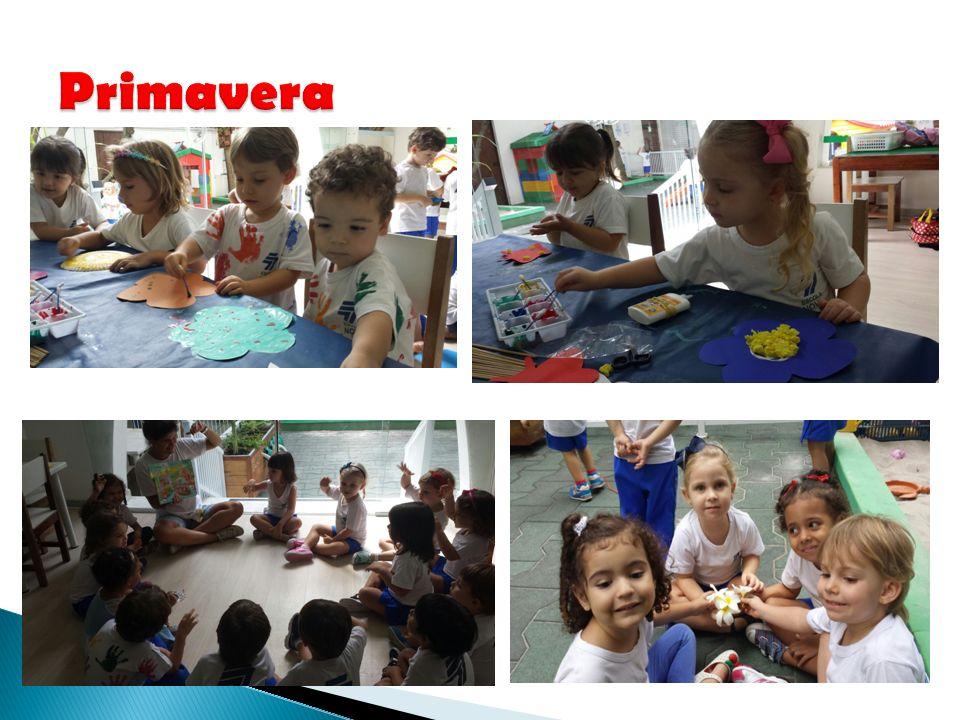 As crianças adoraram participar das atividades da primavera e de confeccionar o mural da sala com flores e borboletinhas.