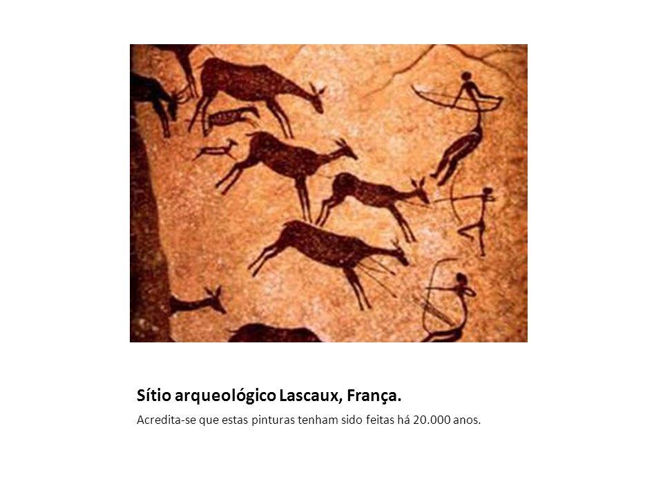 Sítio arqueológico Lascaux, França. Acredita-se que estas pinturas tenham sido feitas há 20.000 anos.