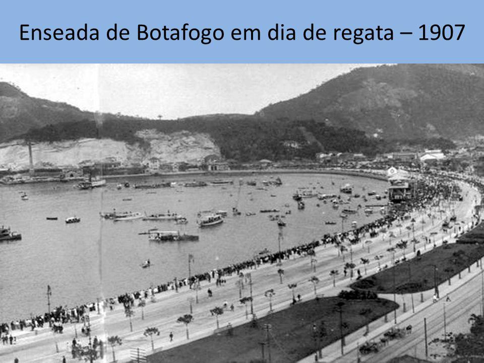 Enseada de Botafogo em dia de regata – 1907