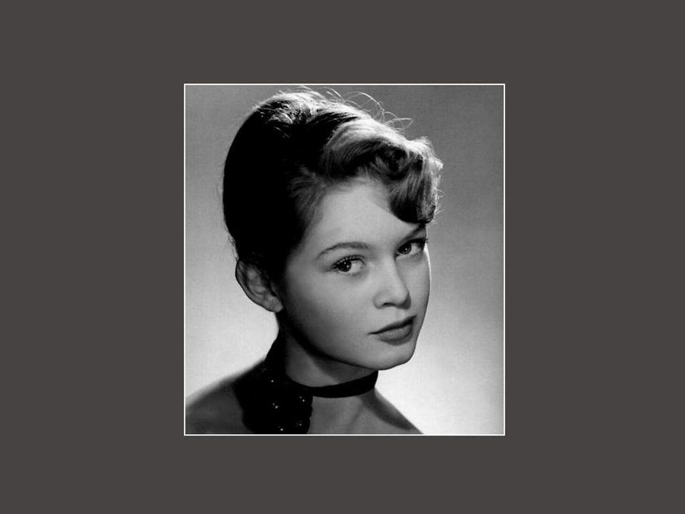 Em 1973, em plena gloria, a carreira de Brigitte dá uma meia volta.Cansada desta vida pública, ela resolve parar o cinema e o canto, após um último fi