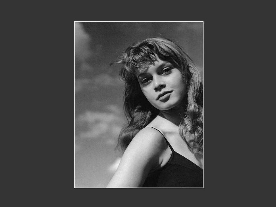 Desde então, Brigitte Bardot torna-se uma militante engajada. Em 1977, ela denuncia vigorosamente o massacre dos bebês focas do Canada. Sua ação contr