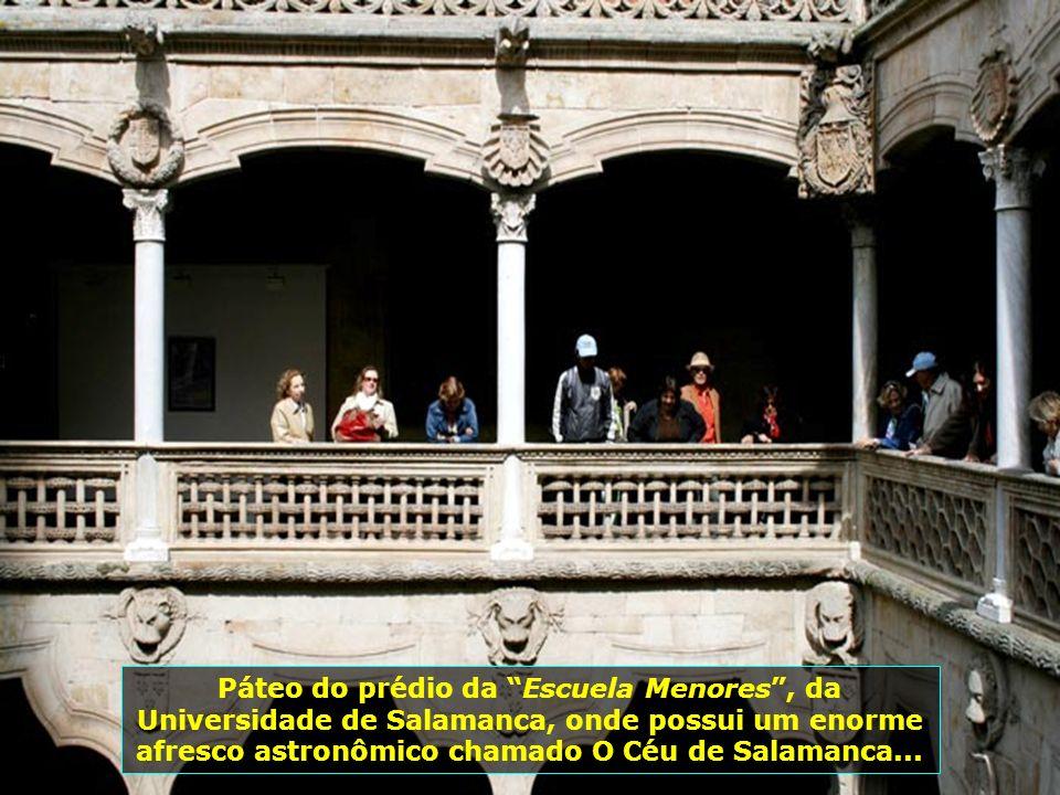 Seus moradores falam castellano, o mais puro espanhol, o que faz com que a cidade seja um lugar bastante procurado por quem deseja estudar o idioma. É