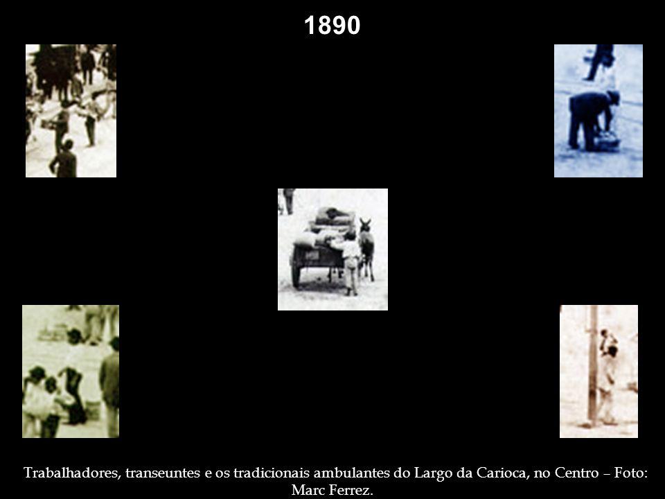 1882 Escravos, em um campo de secagem de café, talvez em Jacarepaguá, pondendo ser em Sapopemba (Deodoro), onde também esteve o fotógrafo, sob contrat