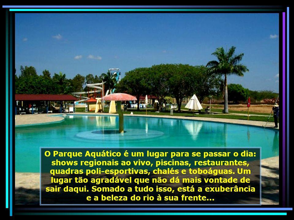 Parque Aquático Internacional Ilha do Sol, em Petrolina, um grandioso complexo turístico às margens do Rio São Francisco...