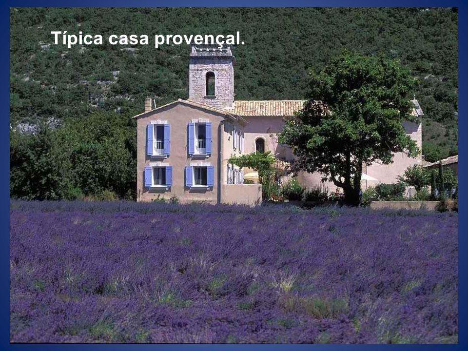 Típica casa provençal.