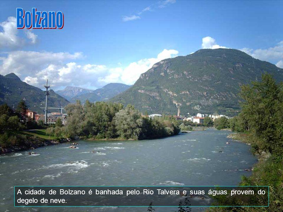 Bolzano (Bozen) é uma comuna italiana da região do Trentino-Alto Ádge, província de Bolzano, com cerca de 94.989 habitantes.