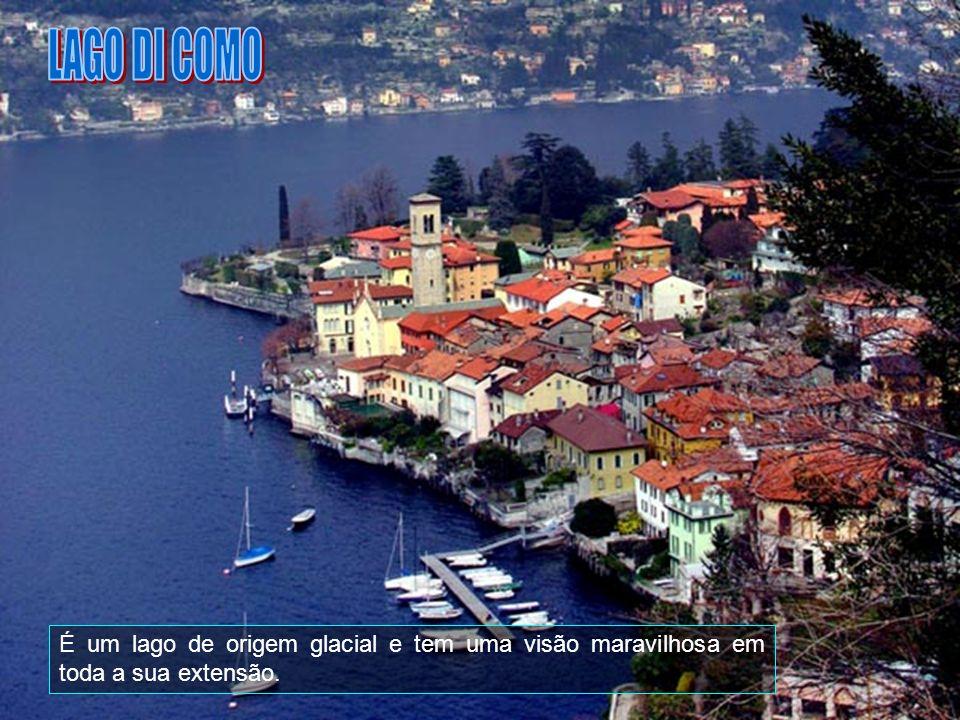 O lago Di Garda estende-se por uma área de cerca de 370 km2.