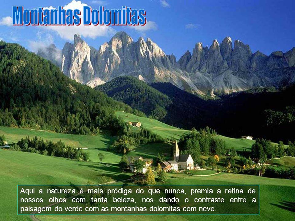 A área dolomítica estende-se entre a comuna de Cortina DAmpezzo e as províncias de Belluno - que constitui sua parte mais relevante – Bolzano, Trento,