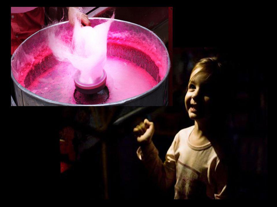 O algodão-doce, para a criança, é uma metáfora de que a vida pode ser doce e saborosa.