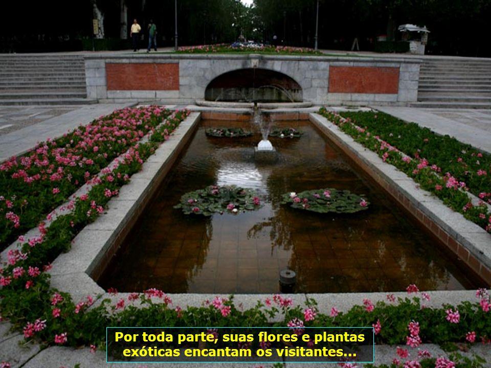 Construído em 1630, por Dom Gaspar de Guzmán y Pimentel (Conde-Duque de Olivares), os Jardins do Bom Retiro eram destinados ao recreio da Corte...