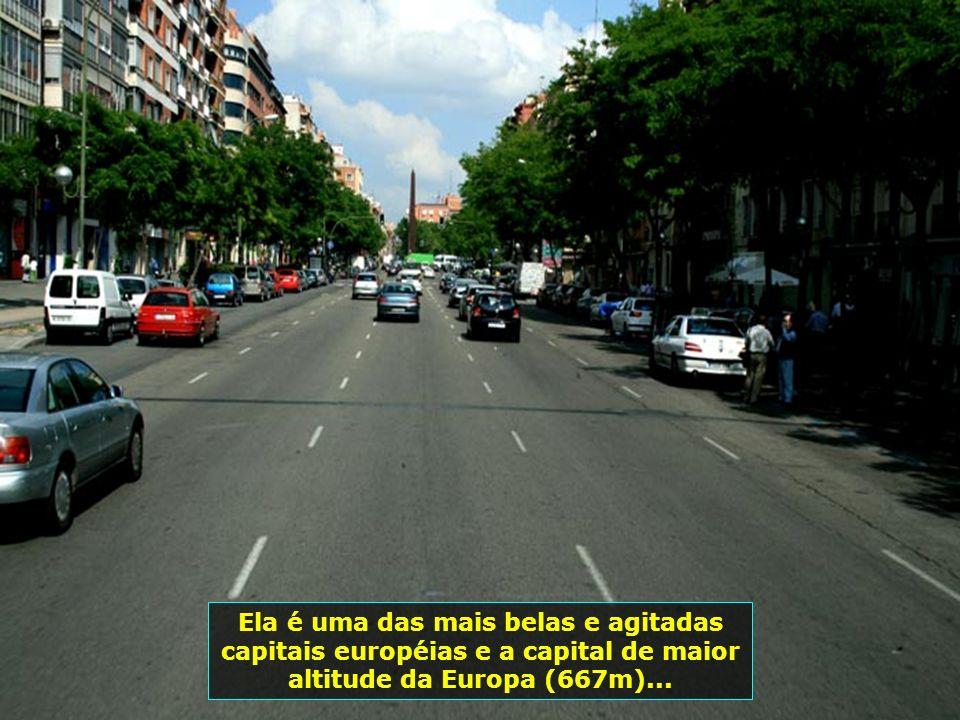 Juntamente com Lisboa, Madrid se destaca como um dos principais centros financeiros do sul da Europa...