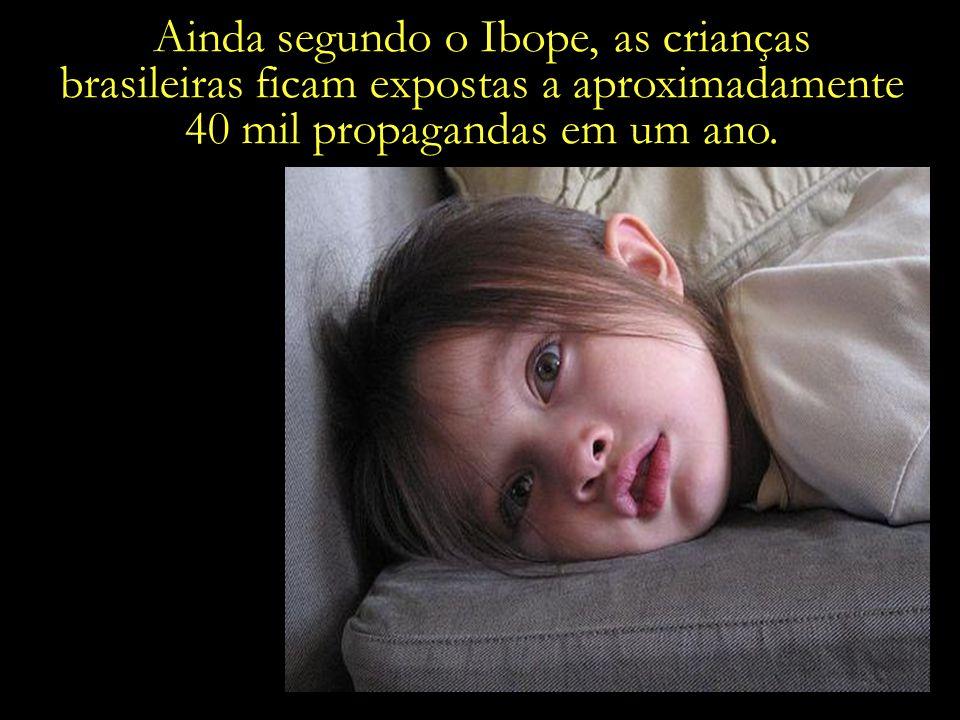 Segundo dados do Ibope, as crianças brasileiras passam uma média de cinco horas diárias em frente à TV.