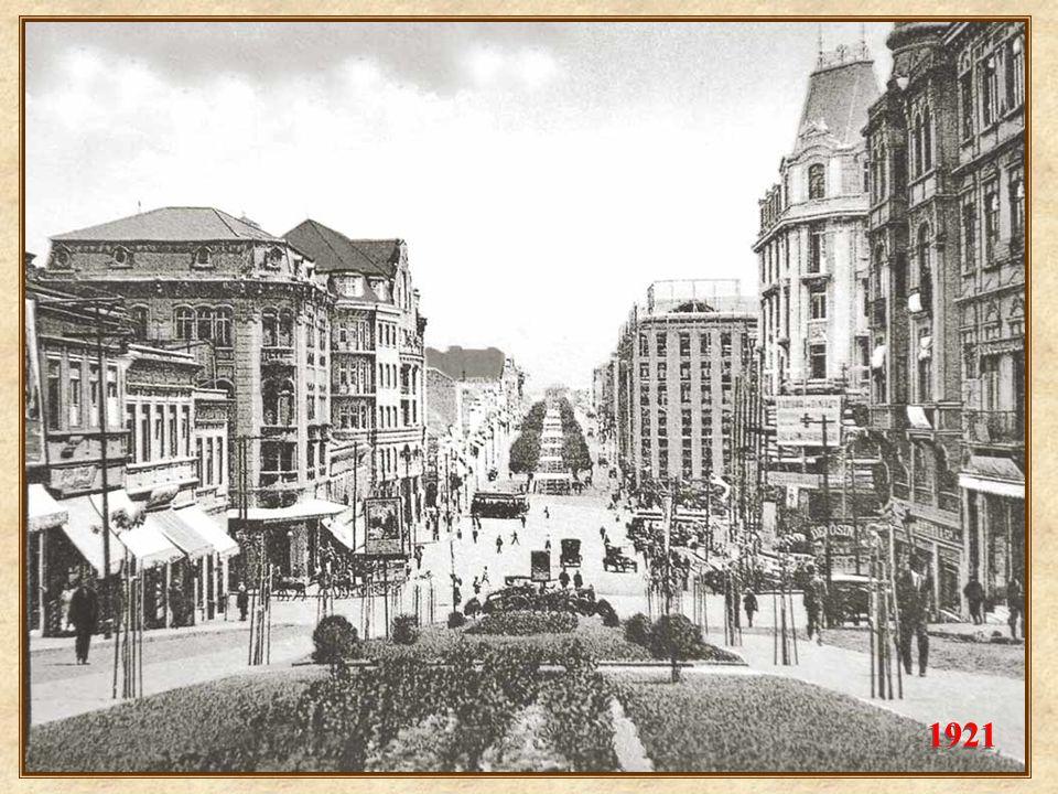 1920 Em 1920, na esquina com a rua Formosa, o prédio da Delegacia Fiscal, construído em 1915, e demolido no final dos anos 30. Note-se que ao fundo, a