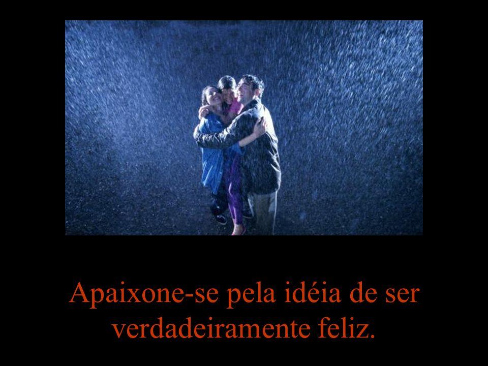 Amar é encontrar na felicidade do outro a própria felicidade. (Gottfried Leibnitz)