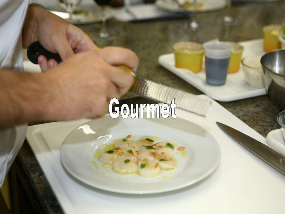 Gourmet Sob o comando de um renomado Chef de cozinha, os participantes aprendem a preparar, na prática, uma receita deliciosa.
