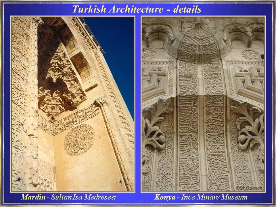 Konya Mevlana Museum Esta é apenas uma de muitas lâmpadas trazidas de mesquitas do Egito no Século XIV.