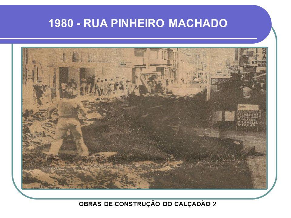 OUTRO ÂNGULO DO MESMO LOCAL ANTERIOR RUA PINHEIRO MACHADO EDIFÍCIO FACCIN