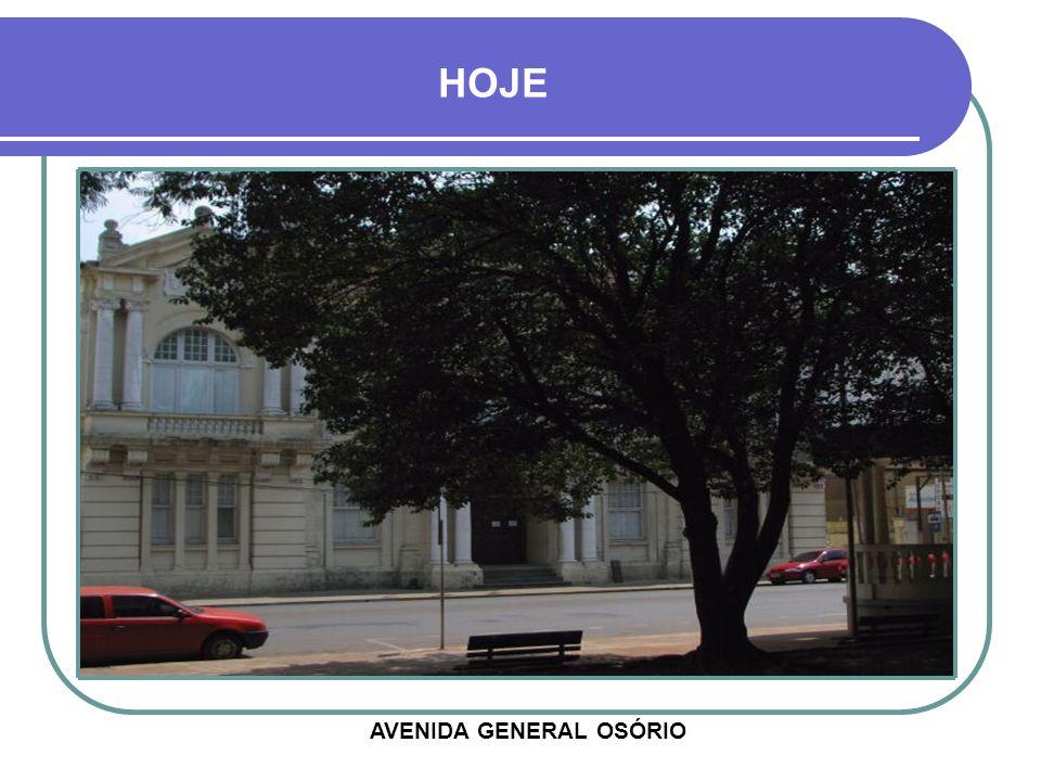 1984 - PREFEITURA MUNICIPAL VISÃO APARTIR DO INTERIOR DA PRAÇA GENERAL FIRMINO HOTEL ROSMER