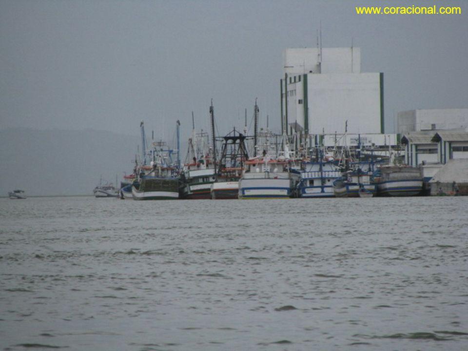 www.coracional.com O maior navio Europeu que atracou no porto de Laguna