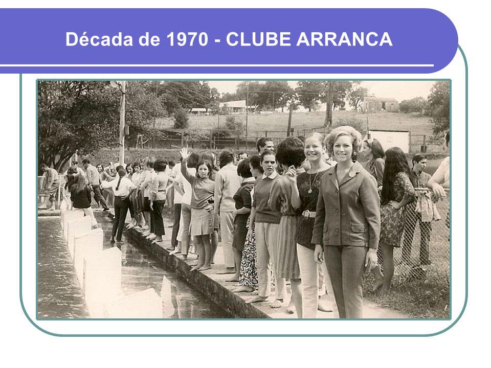 Década de 1960 - PRAÇA DO GINÁSIO AO FUNDO FUNCIONAVA UM MINI-ZOOLÓGICO QUARTEL GENERAL