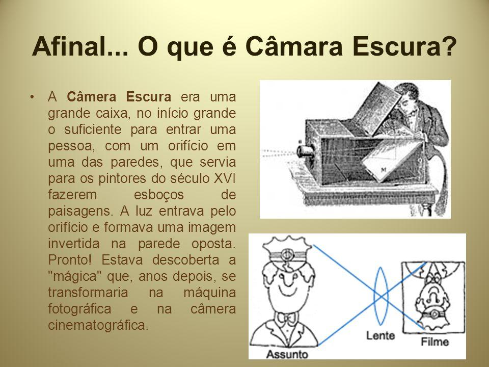 IMPORTANTE!!! Registros de NADAR Foi o primeiro a tirar fotografias subterrâneas com luz-magnésio.