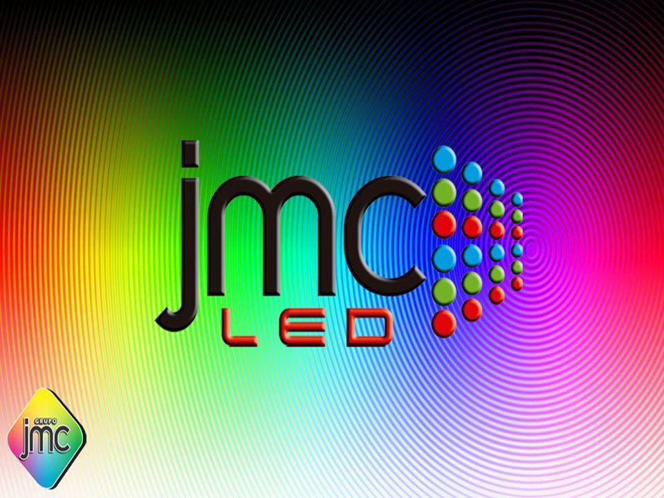 INTRODUÇÃO Ao contrário da publicidade comum que é passiva(a luz bate do objeto e é refletido até você), o painel de LED é uma comunicação ativa(a luz vai até você).