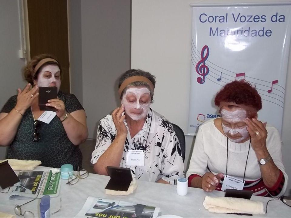 Como cuidar da sua pele - com demonstração de tratamento facial Consultora em Tratamento de Pele Personalizado e Maquiadora: Susete Santos de Novaes