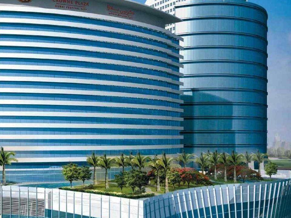 Hotel-Crowne-Arabes-Unido