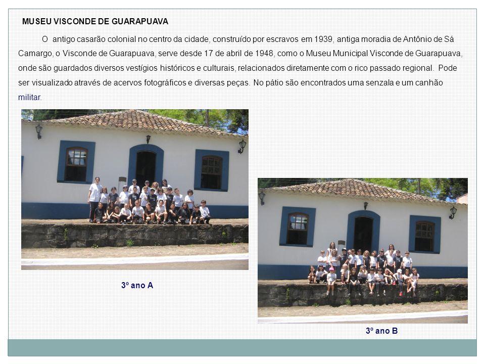 MUSEU VISCONDE DE GUARAPUAVA O antigo casarão colonial no centro da cidade, construído por escravos em 1939, antiga moradia de Antônio de Sá Camargo,